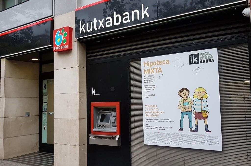 Ejemplo de publicidad en escaparates de Kutxabank-Hipoteca
