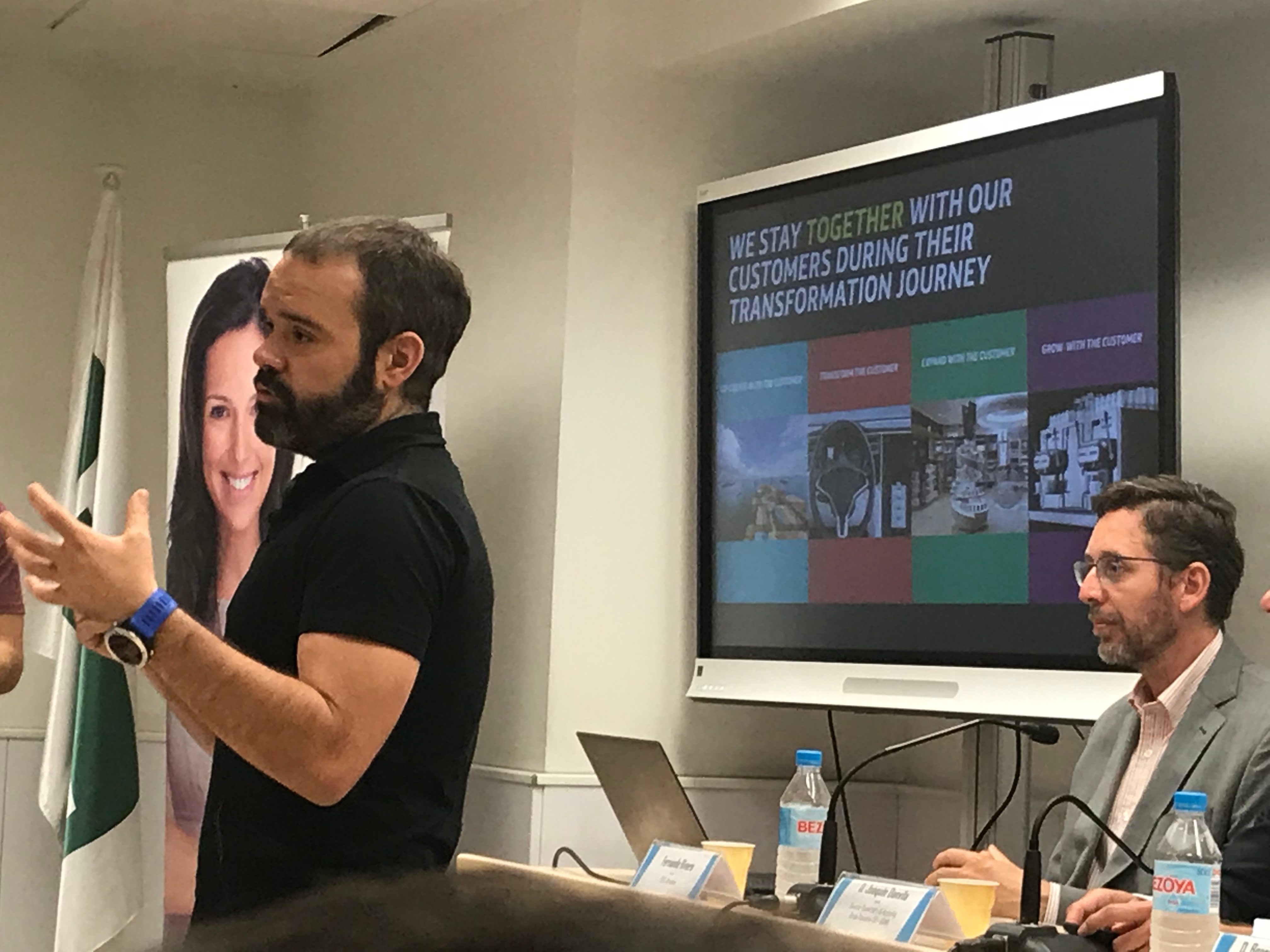 Bernardo Campillo, Head of Consumer IOT de Telefónica Internet of the Things en la XIII edición del Foro de Marketing para Entidades Financieras y Aseguradoras MKTefa